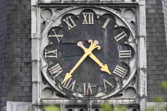 Buitenaanzicht Prachtige wijzerplaten met Romeinse cijfers<br><br> 0140_Urbanuskerk_Bovenkerk_5971.jpg