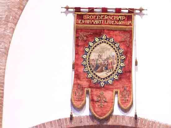 Interieur-Kerk Een van de destijds vele processievaandels<br><br> 0340_Urbanuskerk_Bovenkerk_4609.jpg