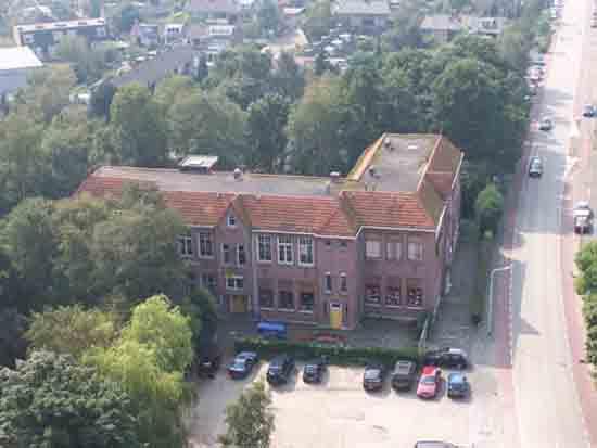 Uitzicht-Toren Voormalige Aloysius- en Mariaschool aan de Legmeerdijk<br><br> 2670_Uitzicht_vanaf_Urbanustoren_2416.jpg