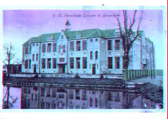 Oude-Opnames R.K. St.Aloysius en Maria school aan de<br>Legmeerdijk (vh Luwte) - 1921<br><br> 8010_Historisch_Bovenkerk_RK_Parochiescholen_1921.jpg