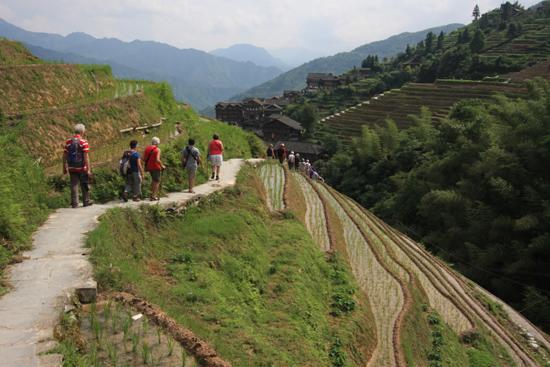 Longji Einde van een prachtige wandeling<br><br> 1710_2337.jpg