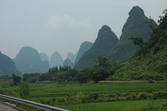 Yangshuo1 Het karstgebergte van Yangshuo<br><br> 1860_2436.jpg