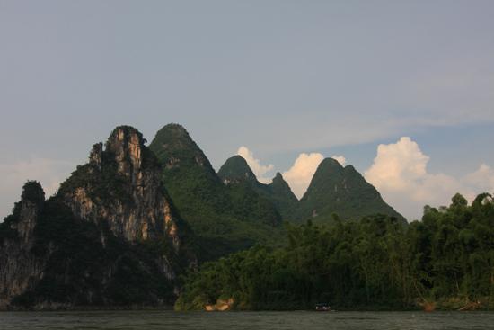 Yangshuo1 Boottocht op Li River - Yangshuo<br><br> 2050_2624.jpg