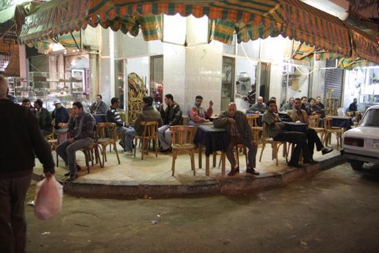 Alexandrie2 Caf� op de avondmarkt - Alexandria 0450-Alexandrie-markt-2025.jpg