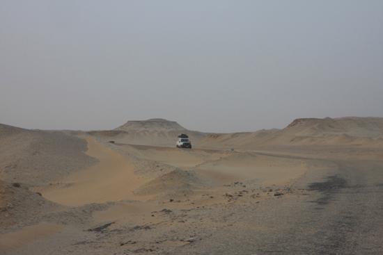 White-Desert 6 Lekke banden en 11,5 uur later kwamen we aan in Baharia 0660-From-Siwa-to-Farafra-2387.jpg