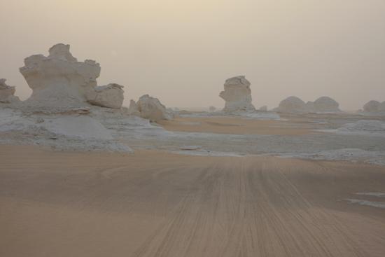 White-Desert Kalksteenformaties in The White Desert ten noordoosten van Farafra 0760-White-Dessert-near-Farafra-2543.jpg