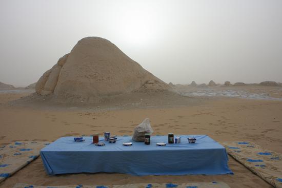White-Desert Ontbijtl<br>The White Desert northeast of Farafra 0810-White-Dessert-near-Farafra-2590.jpg