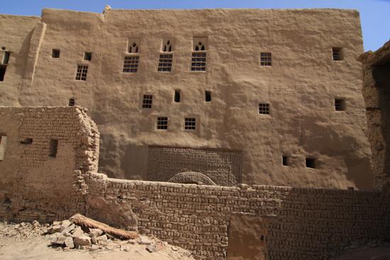 Dakhla Al-Qasr bij Dakhla Oasis<br>Een oud Ottomaans stadje gebouwd in 1516-1798 0950-Al-Qasr-near-Dakhla-Oasis-2861.jpg