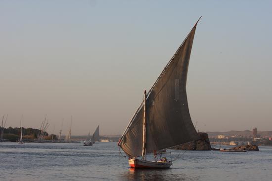 Aswan Felucca op de Nijl - Aswan 1320-Aswan-centrum-3252.jpg