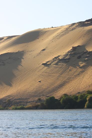 Elephantine1 Uitzicht op Elephantine Island tijdens felucca tour van Aswan naar Kom Ombo  1550-Elephantine-Island-3473.jpg