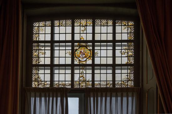 Kantongerecht Gebrandschilderde ramen aan achterzijde  Kantongerecht_Hoorn_1027.jpg