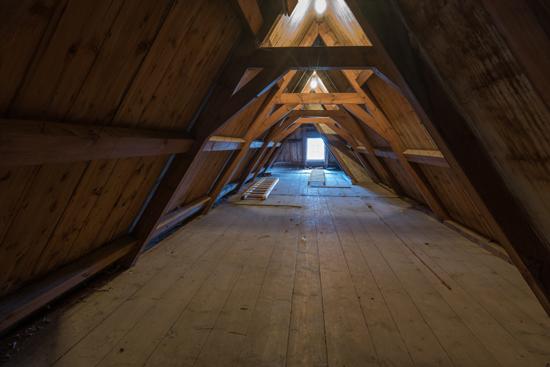 Kantongerecht Zolderruimte boven in de nok Kantongerecht_Hoorn_1076.jpg