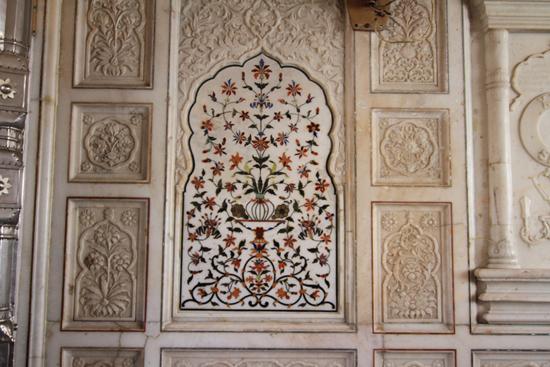 Amritsar1 Moza�k in marmer<br><br> 0040-Amritsar-Gouden-Sikh-tempel-2416.jpg