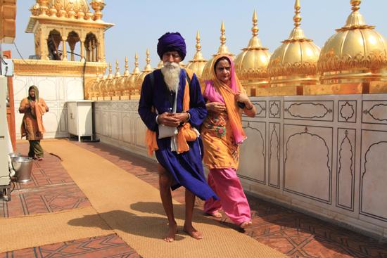 Amritsar1 Schitterende Sikh - kleding<br><br> 0090-Amritsar-Gouden-Sikh-tempel-2438.jpg