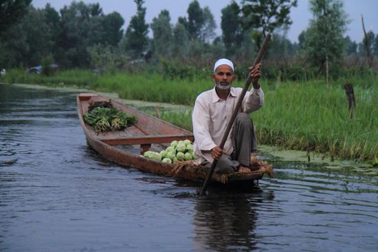 Srinagar1 <br><br> 0920-Nagin-Lake-Srinagar-Kashmir-3197.jpg
