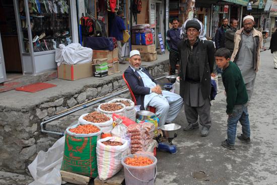 Kargil Specerijen te koop<br><br> 1880-Kargil-Ladakh-3917.jpg