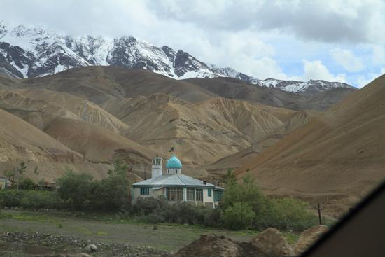 Lamayuru1 Moskee in the middle of nowhere<br><br> 2090-Naar-Lamayuru-Ladakh-4009.jpg