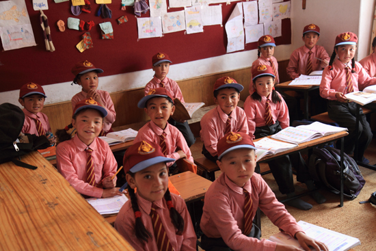 Alchi School in Alchi mede gesponsord door een van onze medereizigers<br><br> 2400-Alchi-Ladakh-4326.jpg