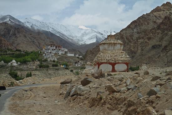 Alchi Klu-Khil of Likir klooster in ruig landschap nabij Alchi<br><br> 2420-Alchi-Ladakh-4341.jpg