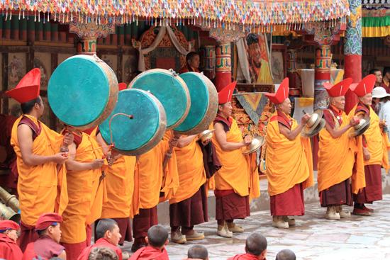Hemis-Festival Tijdens onze reis door Sikkim hadden wij al eens een kloosterfestival bijgewoond<br>maar het blijft een speciale beleving<br><br> 2570-Hemis-festival-Ladakh-4448.jpg