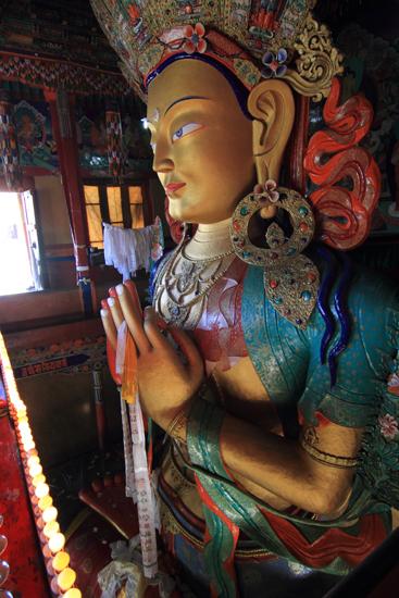 Thikse Behalve de puja beleefd te hebben ook weer mooie beelden kunnen bewonderen<br><br> 2840-Thikse-Thiksay-Ladakh-4614.jpg