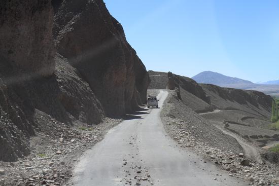 Matho Op naar het laatste klooster van de reis<br><br> 3410-Omgeving-Leh-4894.jpg