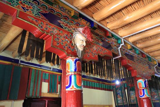 Matho Spituk klooster<br>Weet niet goed wat ik er van moet denken�<br><br> 3460-Spituk-klooster-Ladakh-4915.jpg