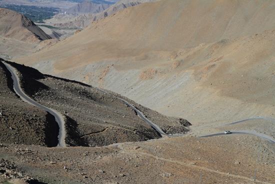 Khardung-La Op weg naar de Khardung La pas<br><br> 3520-Khardung-La-Pass-Ladakh-4958.jpg