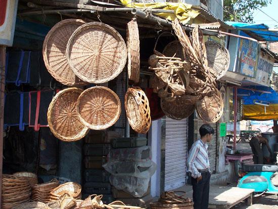 Varanasi2 Mandenverkoper 100_4463.jpg