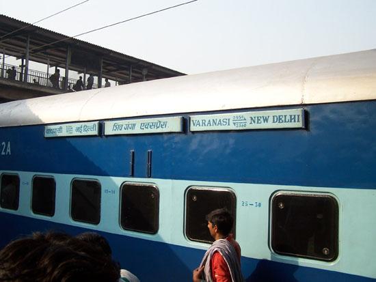 Varanasi2 Zojuist met de slaaptrein uit Varanasi aangekomen in Delhi 100_4475.jpg
