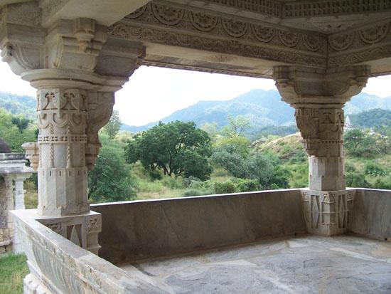 Udaipur  Adinath-Jain-Tempel-Ranakpur_3320.jpg