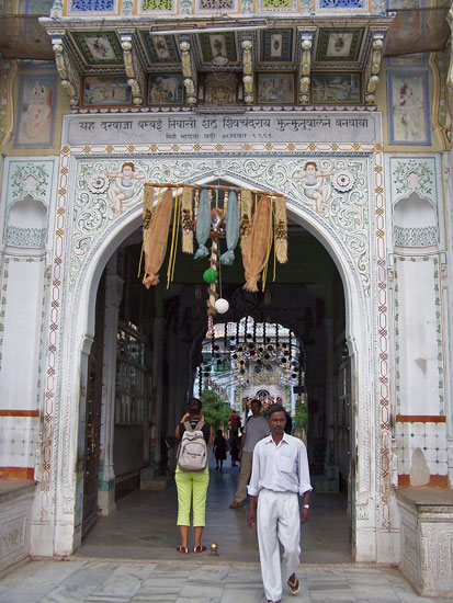 Naarmahansar  Rani-Sati-Jain-Tempel-Jhunjhunu_2615.jpg
