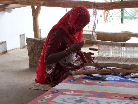 Jodhpur1 Ondanks sluier blijkbaar toch goed zicht Weefster-Sluier_3128.jpg