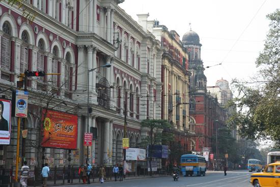 Kolkata1 One of the nice colonial buildings in Calcutta Een van de vele fraaie koloniale gebouwen in Kolkata 1470_2922.jpg