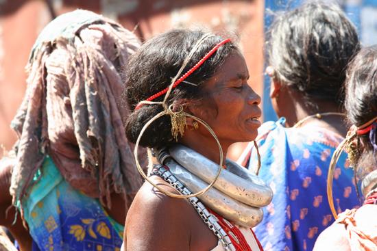 Adivasi-Tour5 Ghadaba woman at Sogura market Adivasi - OrissaGhadaba vrouw op de markt van Sogura 2900_5146.jpg