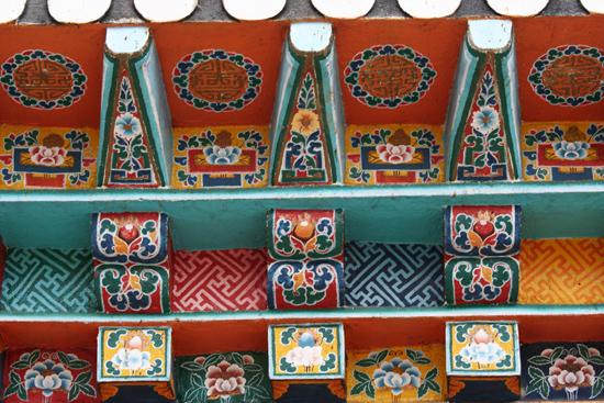 Labrang Ook dit klooster is fraai gedecoreerd<br><br> 0830_3873.jpg