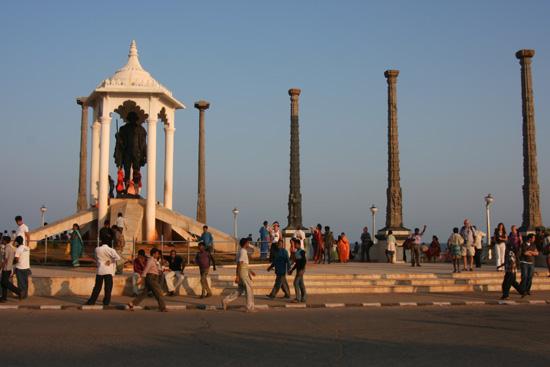 Pondicherry Gandhi Memorial op de boulevard IMG_6411.jpg