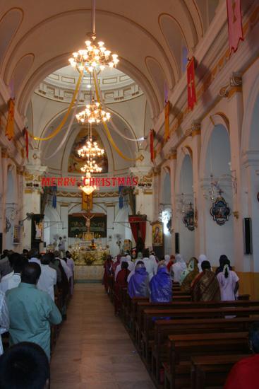 Pondicherry Merry Christmas 2005 IMG_6424.jpg