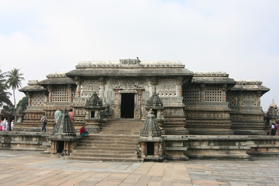 Belur Prachtig gedetailleerd gebeeldhouwde Sri Channakeshava tempel IMG_8490.jpg