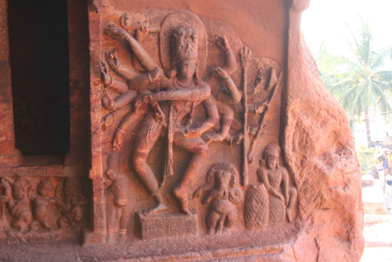 Badami Wandversieringen in de Chalukyas grottempels IMG_9164.jpg