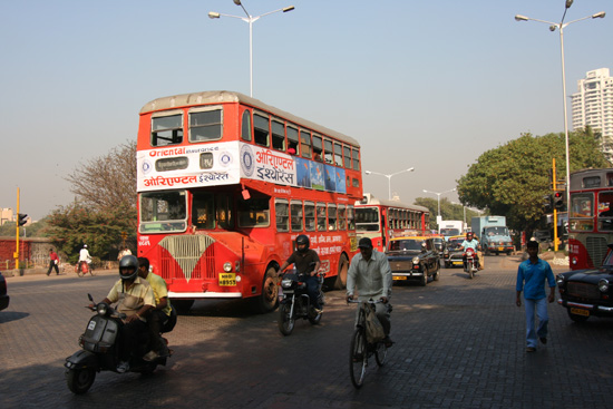 Mumbai De dubbeldekkers rijden nog steeds in Mumbai IMG_9481.jpg