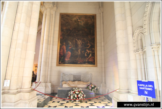 Madrid03 Catedral de Santa Maria La Real de Almudena 0320_6508.jpg