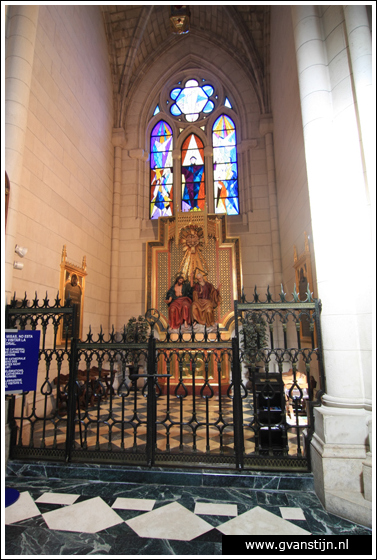 Madrid03 Catedral de Santa Maria La Real de Almudena 0390_6533.jpg