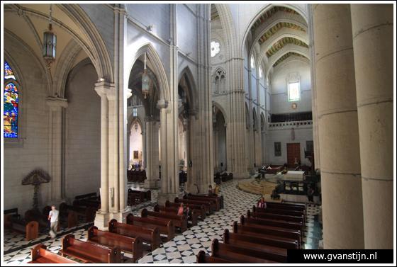 Madrid03 Catedral de Santa Maria La Real de Almudena 0430_6544.jpg