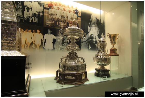 Madrid04 Museum in Estadio de Santiago Bernabeu of football club Real Madrid 0580_6636.jpg