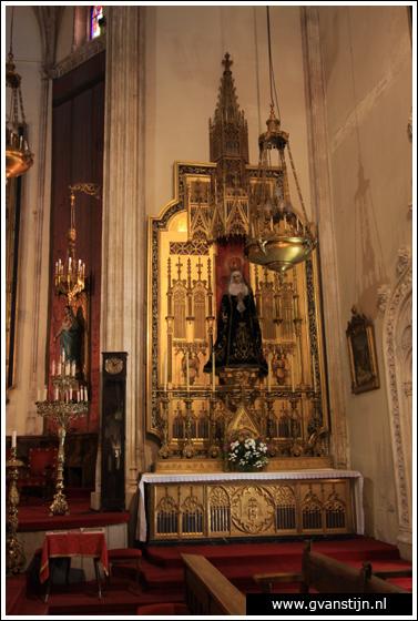 Madrid04 Iglesia de los Jer�nimos 0650_6258.jpg