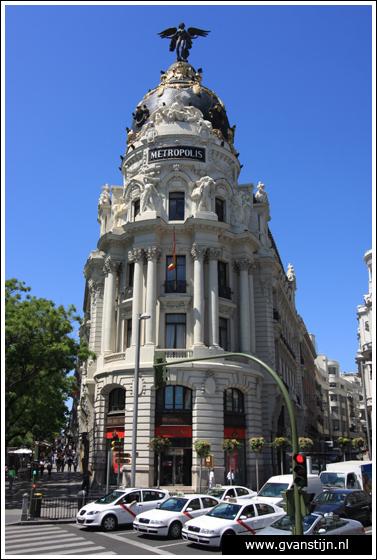 Madrid05 Edificio Metr�polis at Calle Alcal�  0850_6320.jpg