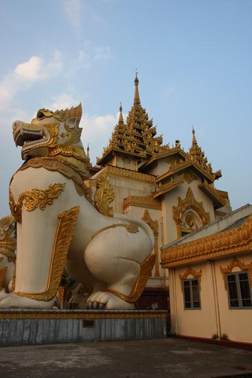Yangon1 Yangon Shwedagon pagode   0020_4696.jpg
