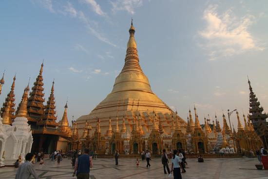 Yangon1 Yangon - Shwedagon Paya pagode (98m)   0050_4915.jpg