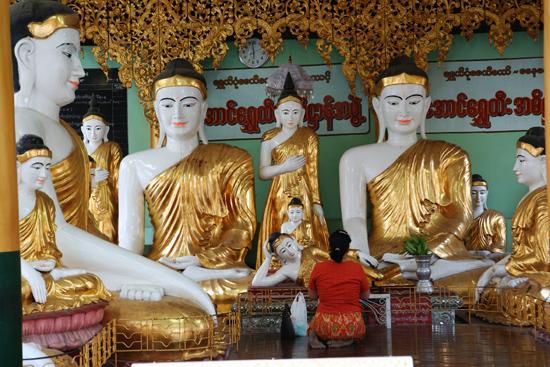 Yangon1 Yangon - Shwedagon pagode   0170_4942.jpg
